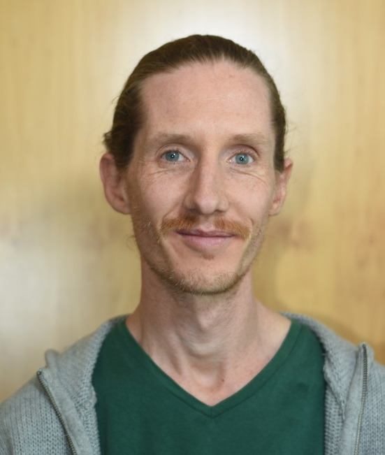 Dr Chris McCaw