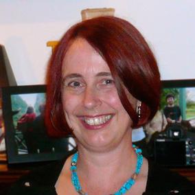 Dr Helen Stokes