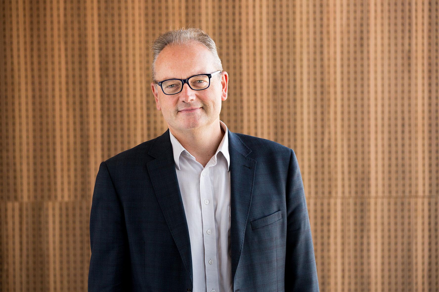 Profile photo of Professor Lindsay Oades